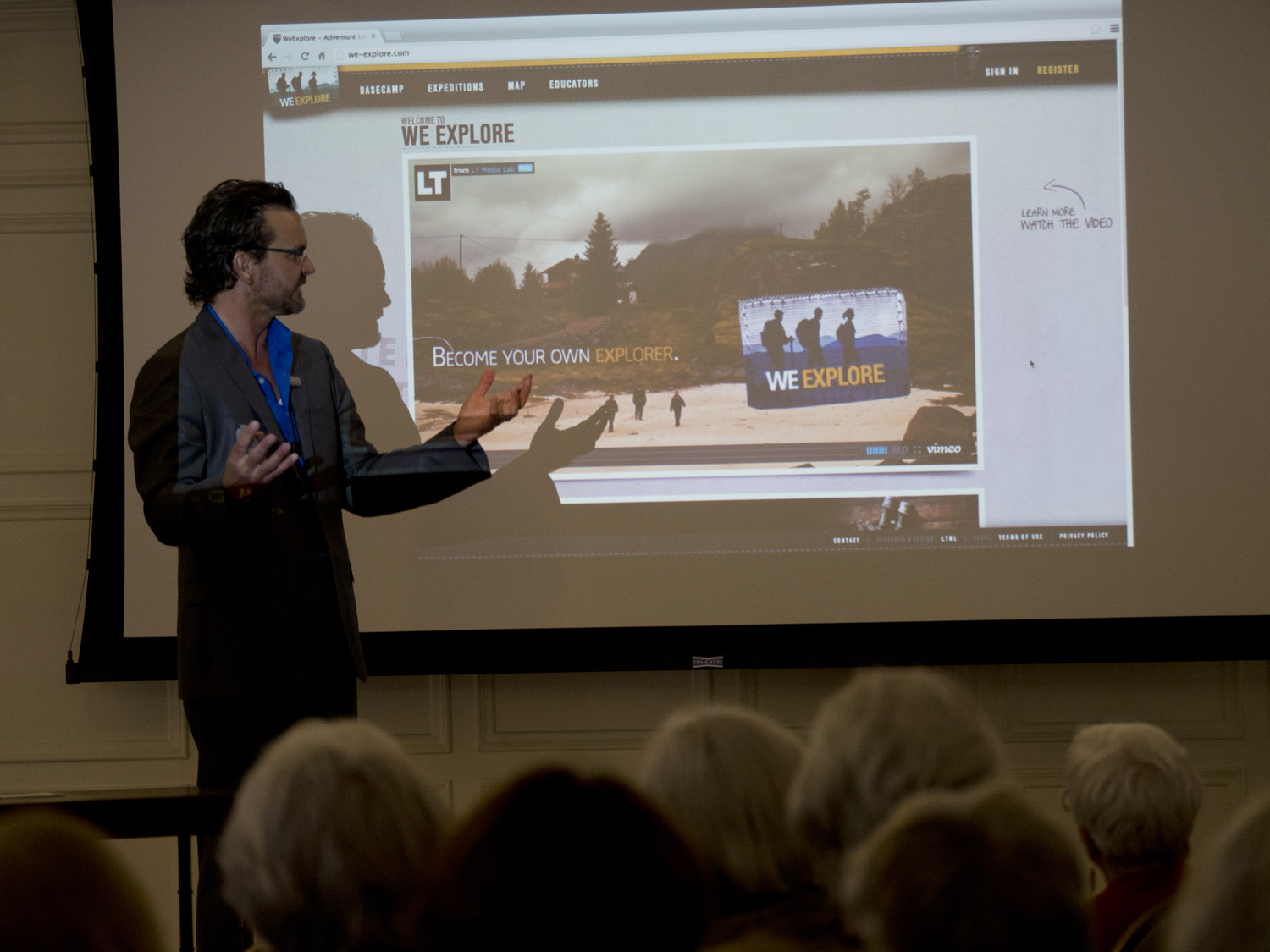 Aaron showcasing the WeExplore online learning environment